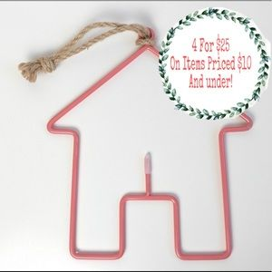 Other - House Shaped Key Holder Home Decor